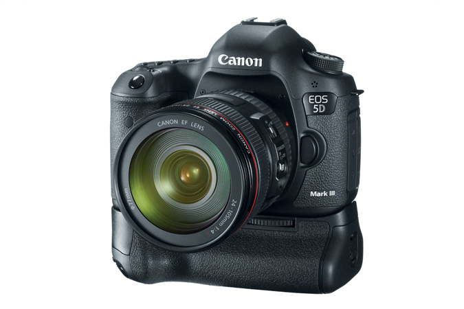 EOS 5D Mark III with BG-E11 Battery Grip and 24-105mm Lens - 3/4 View