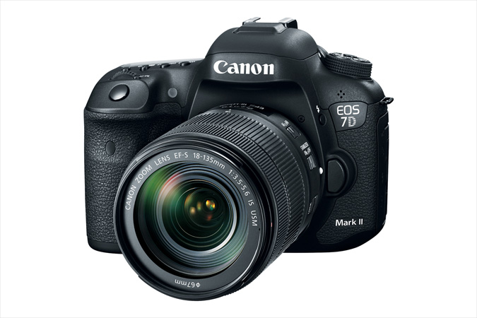 EOS 7D MarkII with EF 18-135 IS USM lens