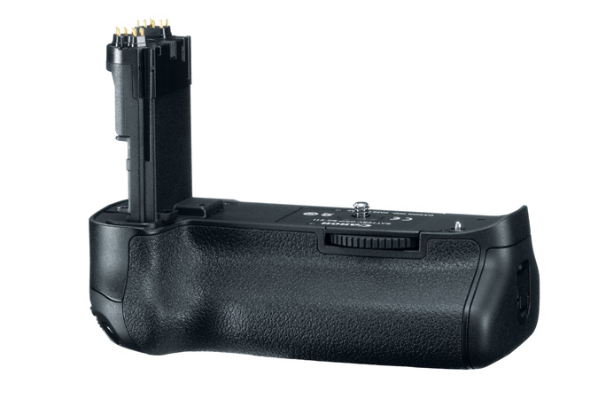 BG-E11 Battery Grip - 3/4 View